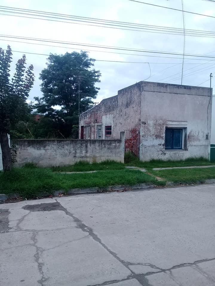 San Martin 2360 casa / lote  Ayacucho Provincia de Buenos Aires